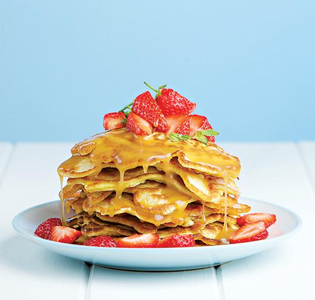35-strawberry-pancakes