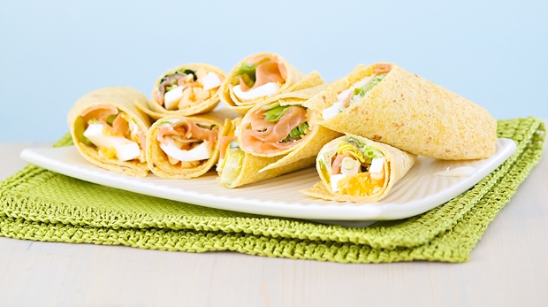 egg and salmon wrap – MAIN