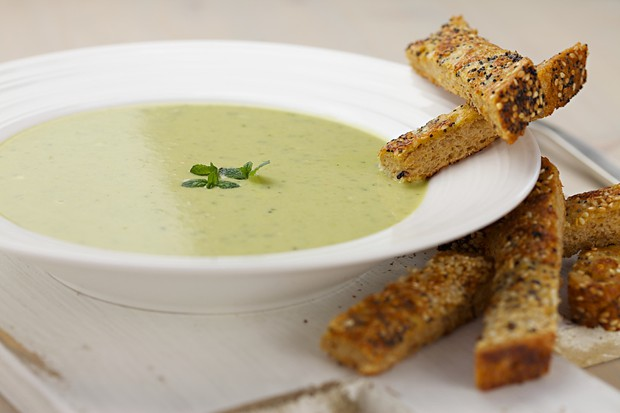 461 leek and pea soup (1)-main